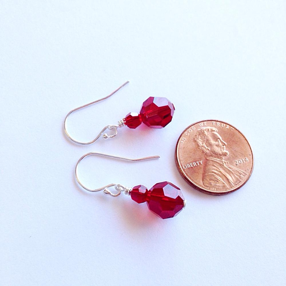 1000 × 1000 Pixels Red Crystal Earrings 6